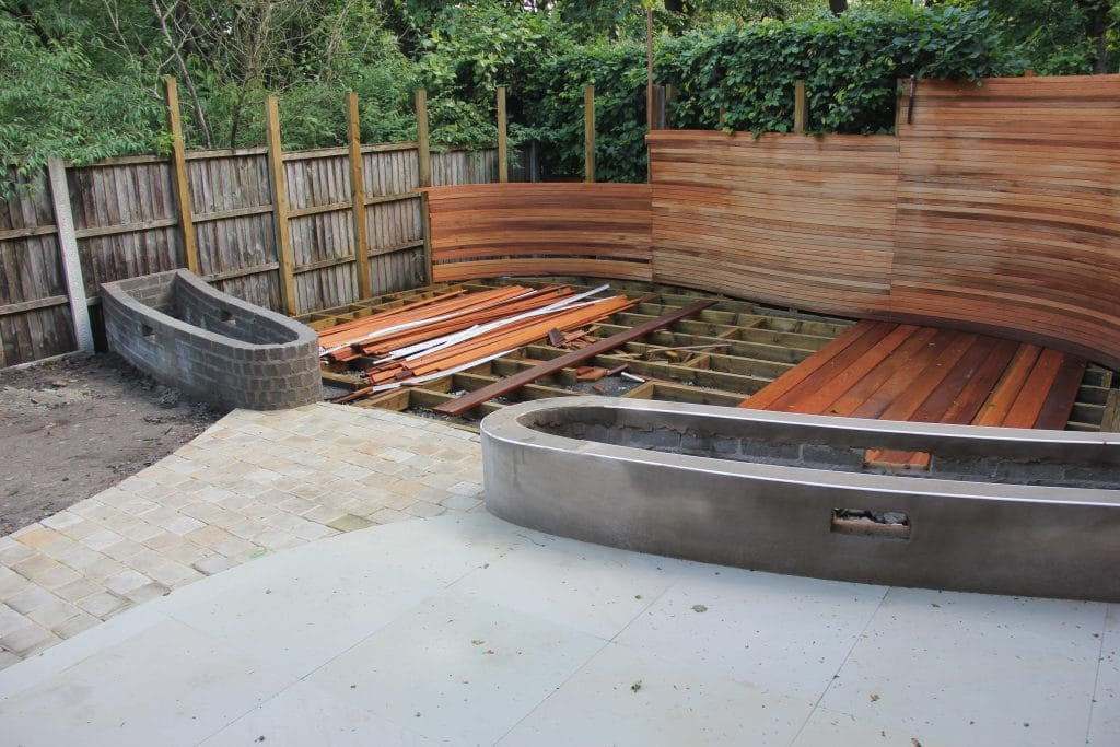 knutsford garden decking and fencing structure