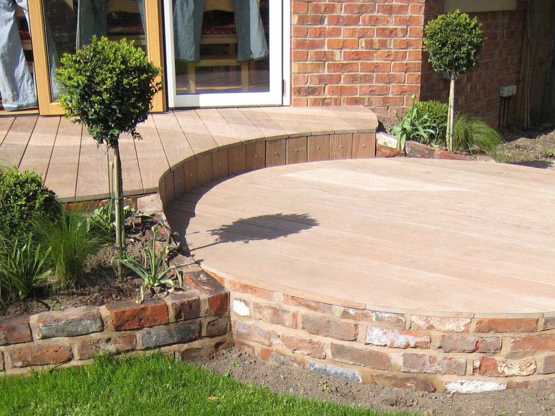 cheshire brick planters