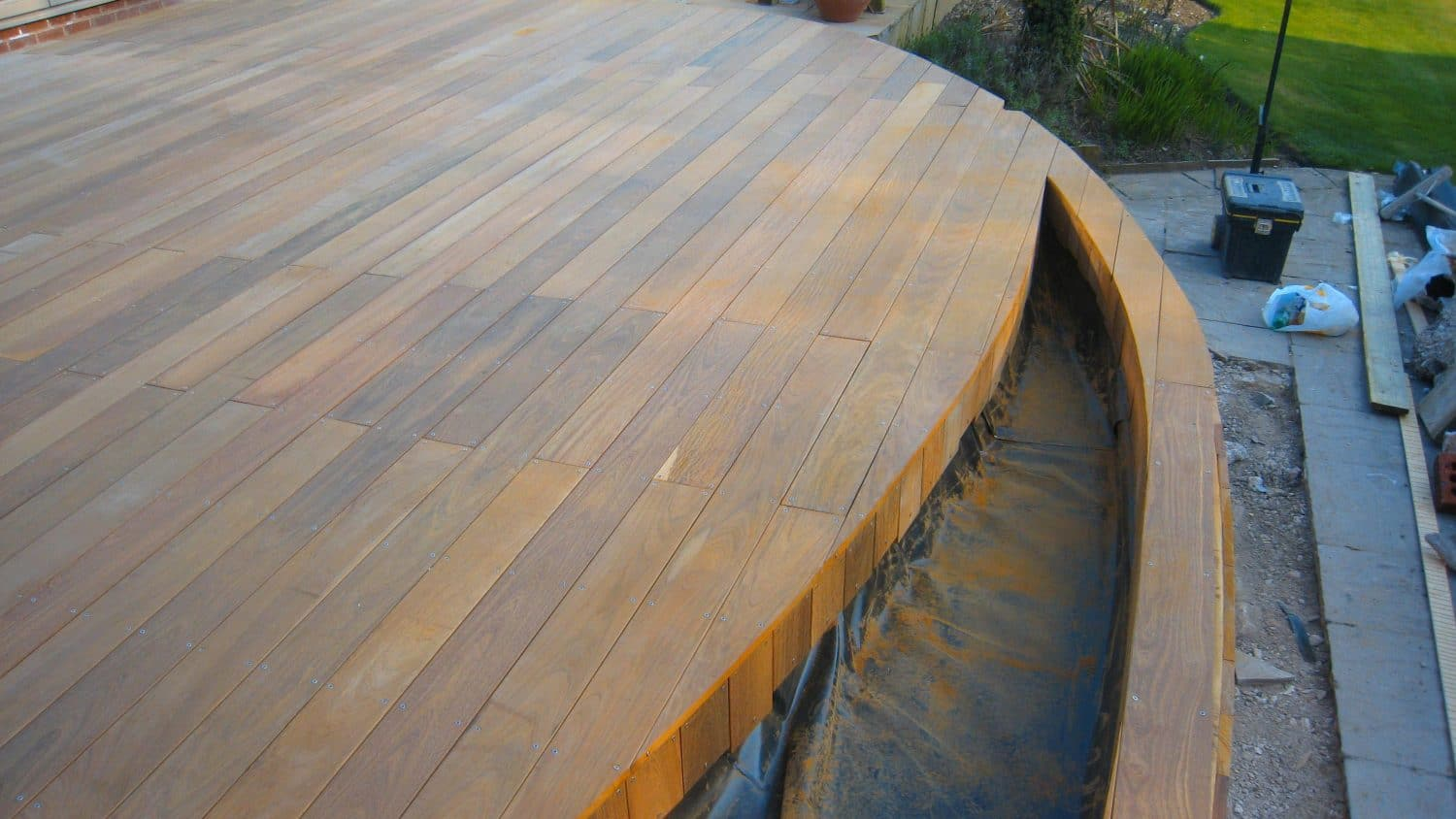 ipe decking with planter