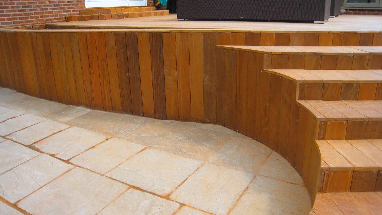 integral curved steps